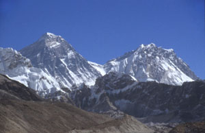 Gokyo 21 everest  nuptse from Fifth lakeP 0300