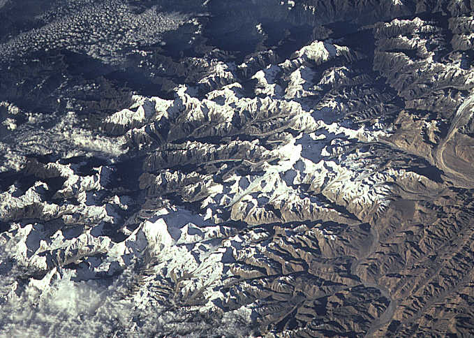 khumbu everest space pictures
