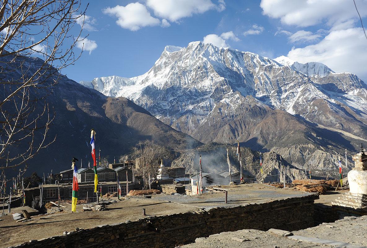http://www.nepal-dia.de/int__England/EV_Annapurna/ENAT-22_Gyaru_-_Ngawal/Ngawal-03_x800.jpg