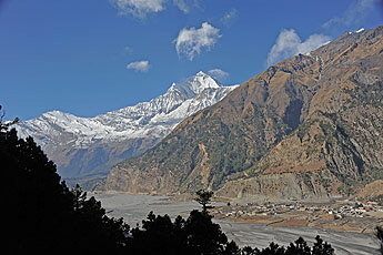 Dhaulagiri_ and Tukuche1268 x 345